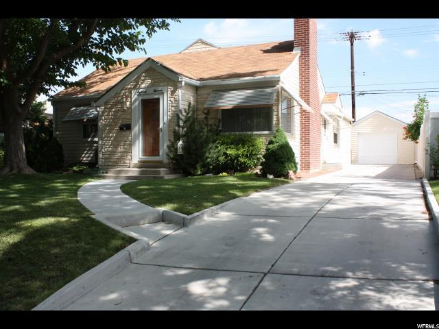 1813 E Kensington Ave, Salt Lake City, UT 84108 (#1614935) :: The Muve Group