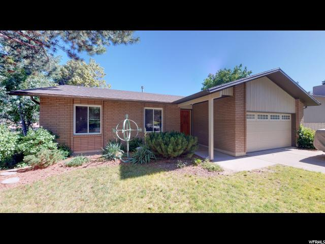 1585 E Sunrise Meadow Dr S, Sandy, UT 84093 (#1615229) :: Red Sign Team