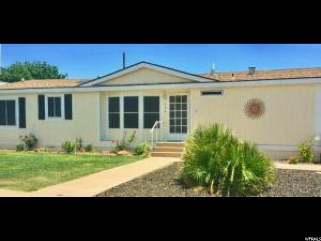 284 N Cholla Dr, Washington, UT 84780 (#1615572) :: goBE Realty
