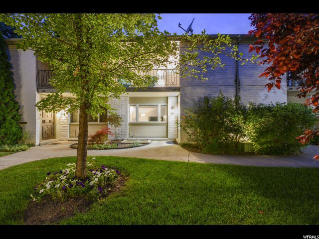 4892 S 1710 E, Holladay, UT 84117 (#1616069) :: Von Perry | iPro Realty Network