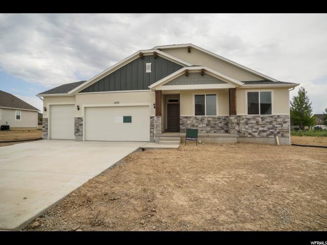 1533 W 425 S, Layton, UT 84041 (#1616449) :: Bustos Real Estate | Keller Williams Utah Realtors