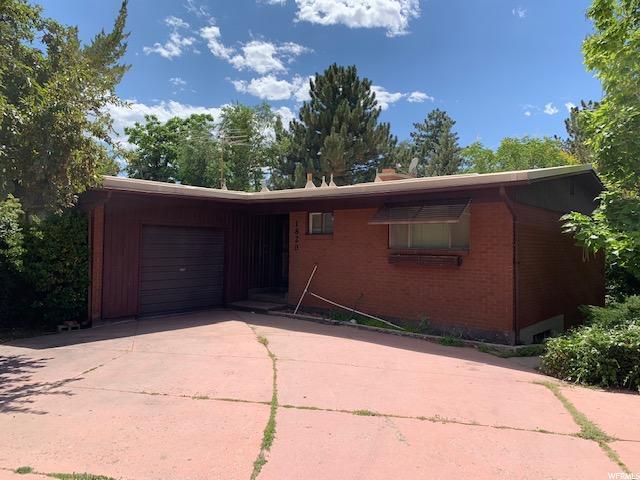 1820 S Foothill Dr E, Salt Lake City, UT 84108 (#1616787) :: The Muve Group