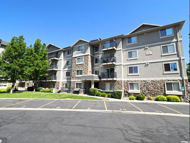 1205 E Privet Dr 1-209, Cottonwood Heights, UT 84121 (#1616963) :: goBE Realty