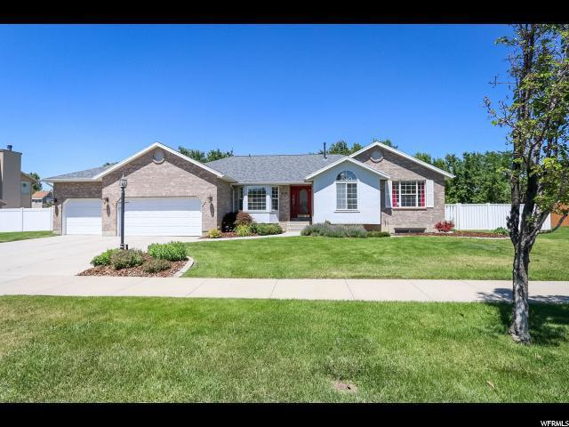 403 E Golden Pheasant Dr S, Draper, UT 84020 (#1617045) :: Big Key Real Estate