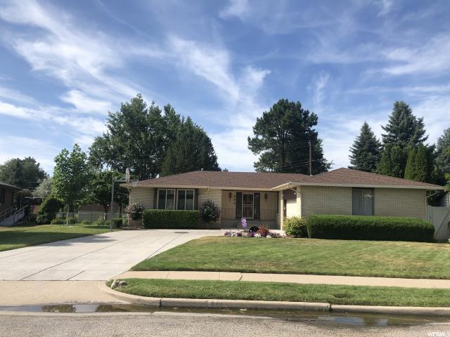 844 E Cassie Dr, South Ogden, UT 84405 (MLS #1617348) :: Lawson Real Estate Team - Engel & Völkers