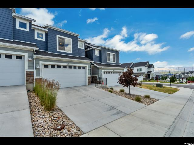 691 W Broad Stripes Dr, Bluffdale, UT 84065 (#1617415) :: Big Key Real Estate