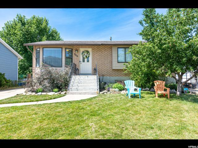 966 S 225 E, Layton, UT 84041 (#1617756) :: Keller Williams Legacy