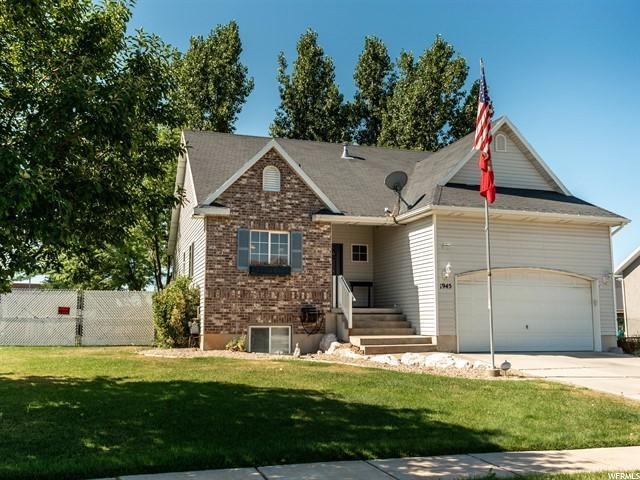 1945 W 1350 S, Syracuse, UT 84075 (#1618180) :: Colemere Realty Associates