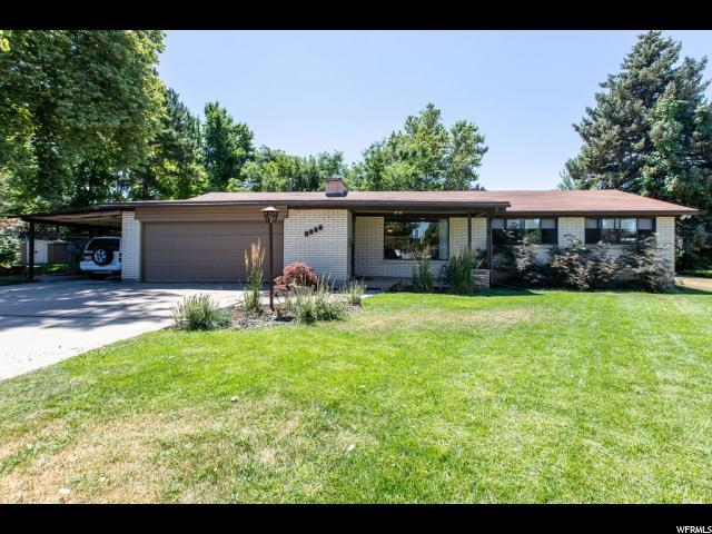 5088 S Moor Dale Cir E, Holladay, UT 84117 (#1618190) :: Exit Realty Success