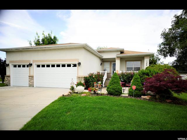 1366 W Rayco Cir S, Taylorsville, UT 84123 (#1618405) :: Colemere Realty Associates