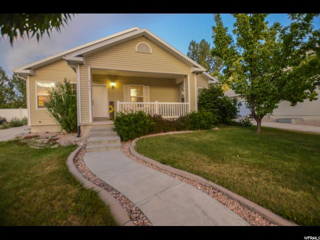 4146 N East Pinion Cir E, Eagle Mountain, UT 84005 (#1618886) :: The Canovo Group