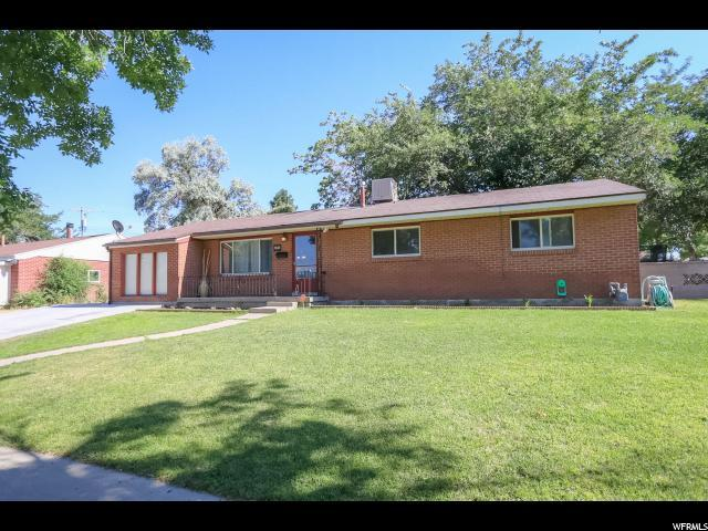 7685 W Gardenia Ave, Magna, UT 84044 (#1618918) :: Colemere Realty Associates