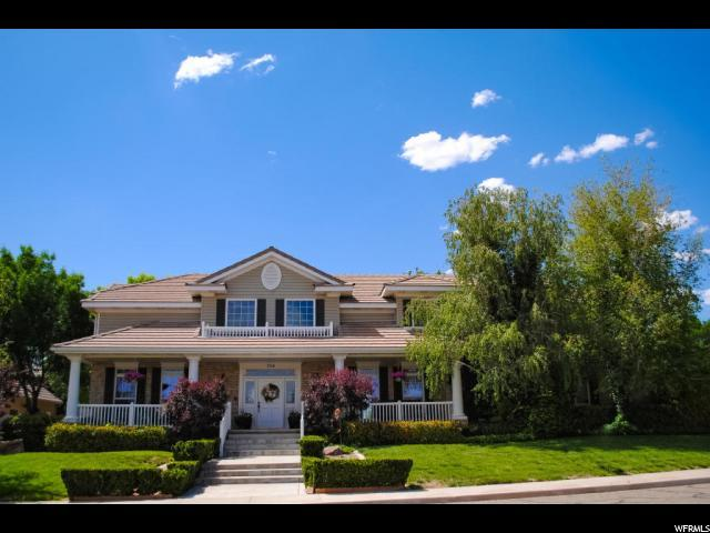754 S 5 SISTERS Dr, St. George, UT 84790 (#1618931) :: Red Sign Team