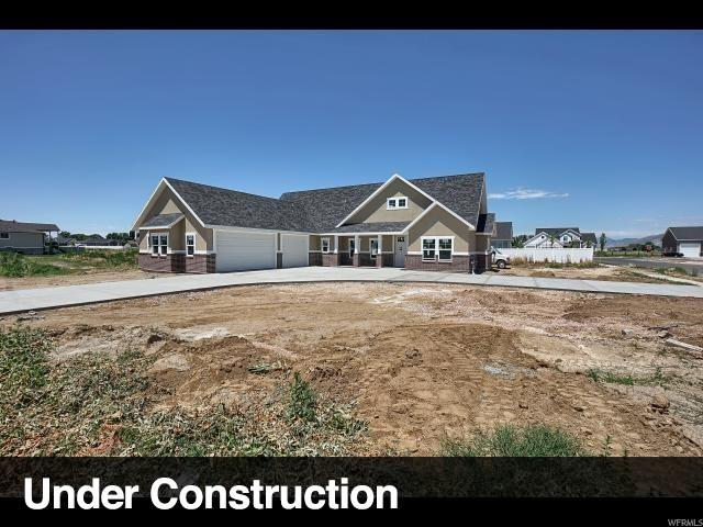 2789 W 3325 N #111, Farr West, UT 84404 (#1620215) :: Colemere Realty Associates
