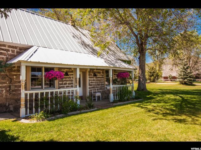 501 River Rd, Midway, UT 84049 (#1620674) :: The Canovo Group