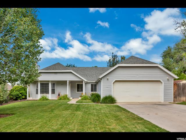 10029 N Willow Ct, Cedar Hills, UT 84062 (#1621063) :: The Canovo Group