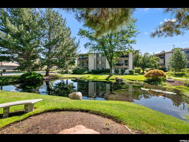 1557 E Waterbury Dr E, Salt Lake City, UT 84121 (#1621483) :: RE/MAX Equity