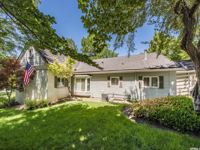 4985 S Holladay Blvd E, Holladay, UT 84117 (#1622024) :: Bustos Real Estate | Keller Williams Utah Realtors