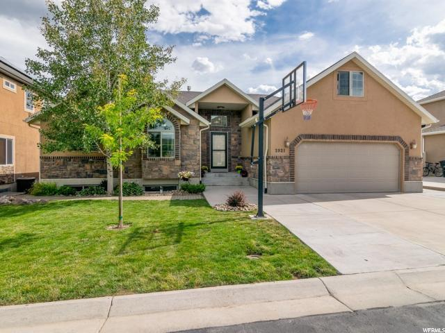 3921 Sand Lake Dr, South Jordan, UT 84009 (#1622143) :: Exit Realty Success
