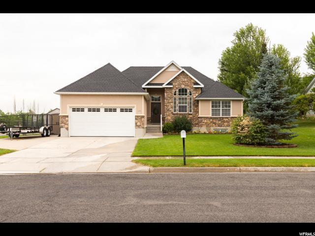 2470 E Peachwood Way, South Weber, UT 84405 (#1622209) :: Doxey Real Estate Group