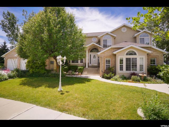 2051 E Jennifer Dr, South Ogden, UT 84403 (#1622579) :: Doxey Real Estate Group