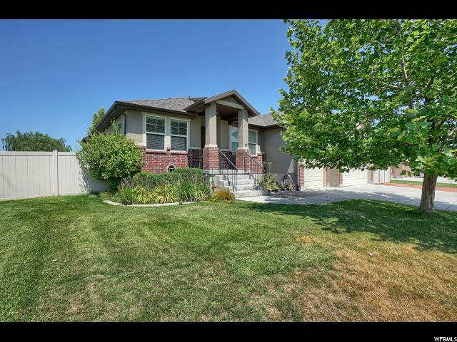 4574 W 5875 S, Hooper, UT 84315 (#1623151) :: Doxey Real Estate Group