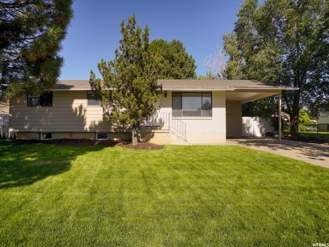 755 Barlow St, Clearfield, UT 84015 (#1623530) :: The Canovo Group