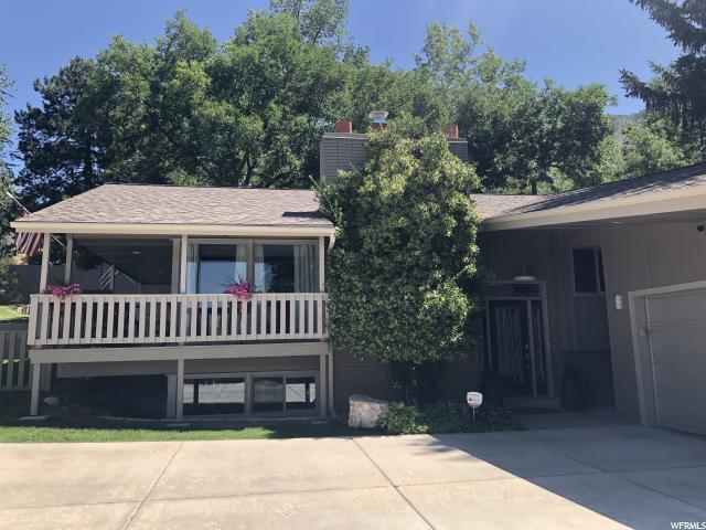 4669 S Wallace Ln, Holladay, UT 84117 (#1623606) :: The Fields Team