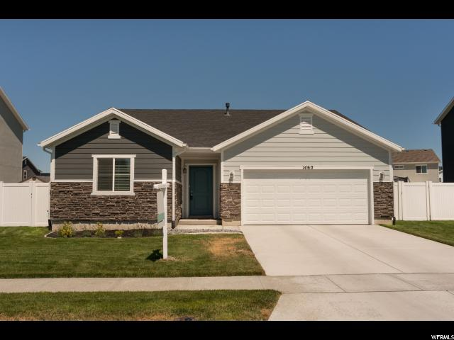 1460 W Willow Creek Ct., Syracuse, UT 84075 (#1623672) :: Red Sign Team