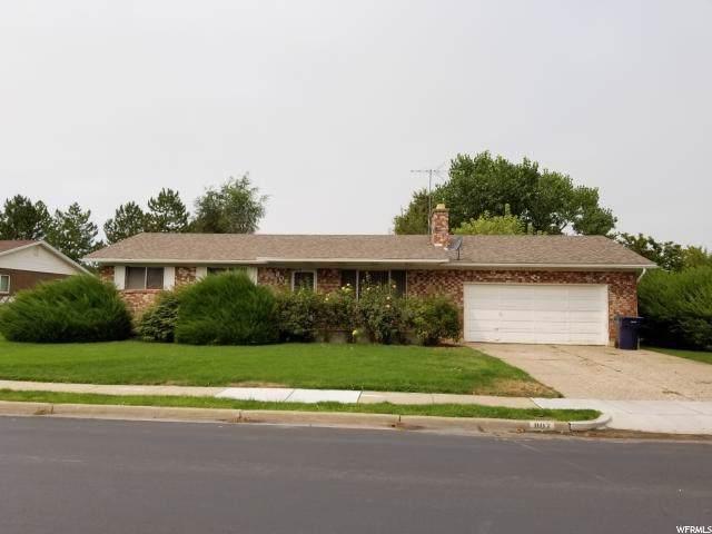 807 N Aspen Way, Layton, UT 84040 (#1629928) :: Bustos Real Estate   Keller Williams Utah Realtors