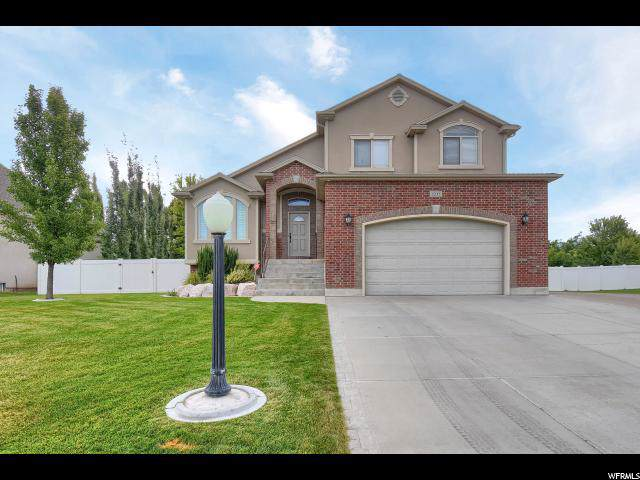 1231 S 2375 W, Syracuse, UT 84075 (#1630262) :: Colemere Realty Associates