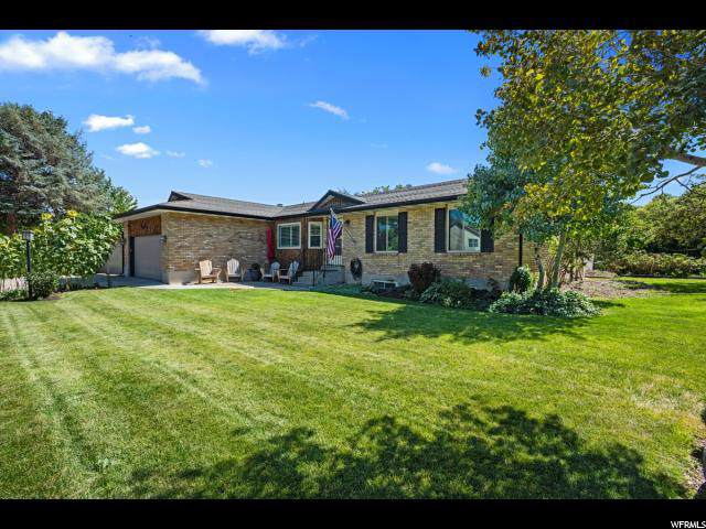 3021 W 9050 S, West Jordan, UT 84088 (#1630291) :: Colemere Realty Associates