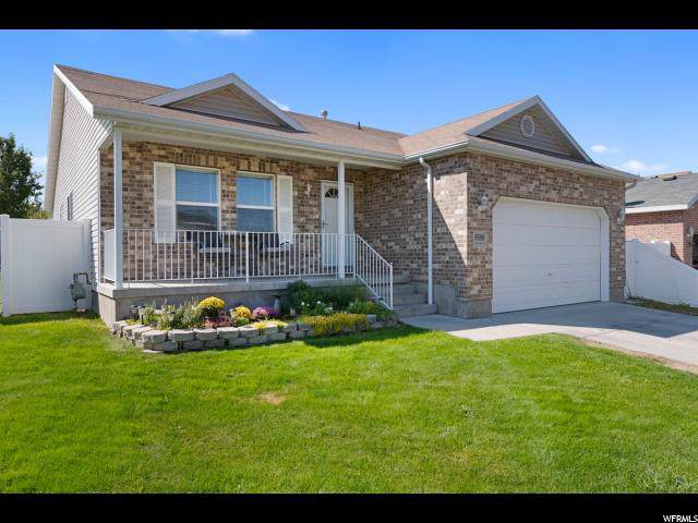 8588 S Laurel Oak Dr, West Jordan, UT 84081 (#1630307) :: Colemere Realty Associates