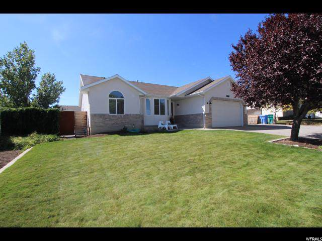 5339 Shaggy Peak Dr, Riverton, UT 84065 (#1630566) :: Doxey Real Estate Group