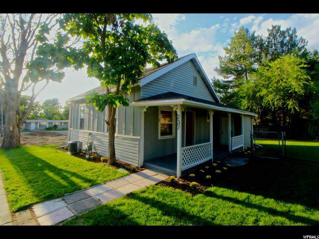 237 E 8760 S, Sandy, UT 84070 (#1630774) :: Big Key Real Estate