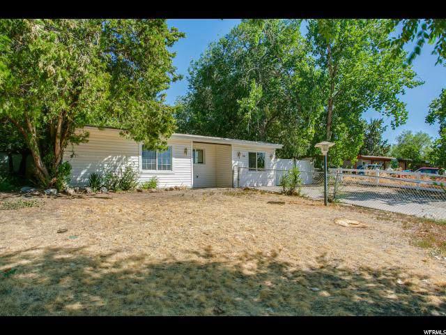 10195 S Zinnia Way, Sandy, UT 84094 (#1630790) :: Big Key Real Estate