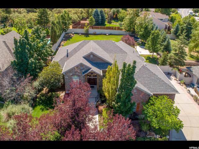 562 E Draper Heights Way, Draper, UT 84020 (#1630808) :: Big Key Real Estate