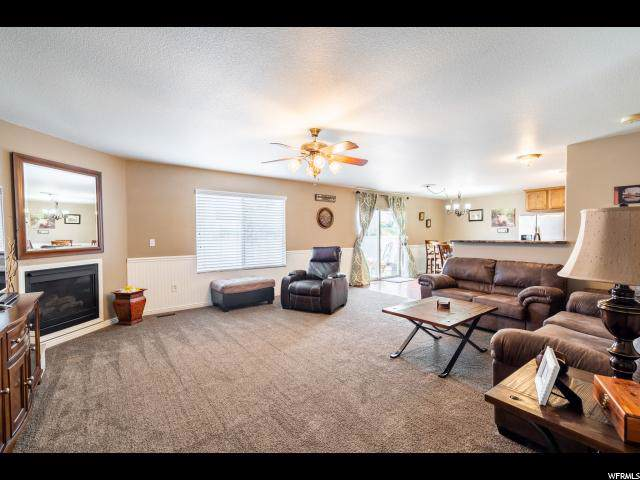 137 W Cooper Ave, Saratoga Springs, UT 84045 (#1630949) :: Colemere Realty Associates