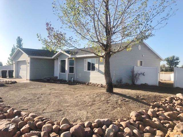 564 E 1875 S, Roosevelt, UT 84066 (#1631173) :: The Canovo Group