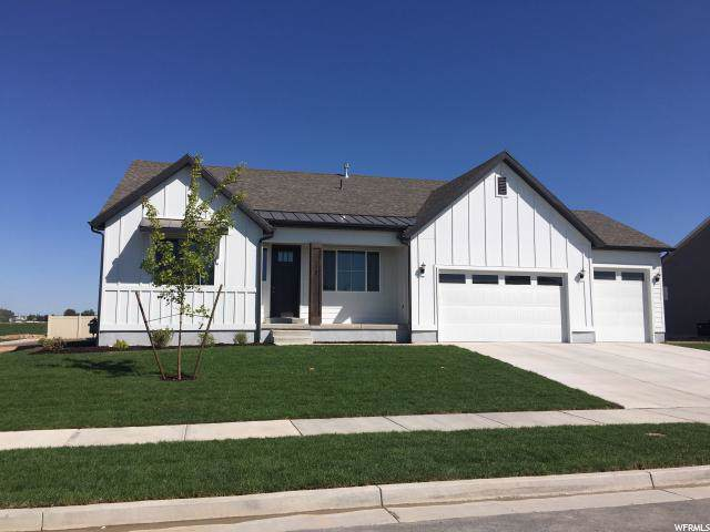 1623 W 425 S, Layton, UT 84041 (#1631323) :: The Canovo Group