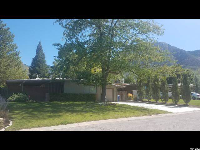 4207 S 3320 E, Holladay, UT 84124 (#1631332) :: goBE Realty