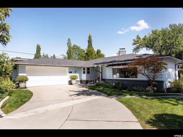 5405 S Woodcrest Dr E, Holladay, UT 84117 (#1631642) :: The Muve Group