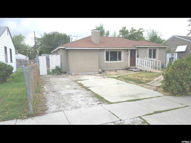 1048 S 1400 W, Salt Lake City, UT 84104 (#1632077) :: goBE Realty