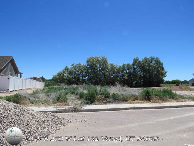 1049 S 250 W, Vernal, UT 84078 (#1632261) :: Colemere Realty Associates
