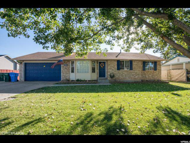 13605 S 2260 W, Riverton, UT 84065 (#1633404) :: Big Key Real Estate