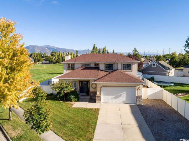 1359 W Parkside Ln, Layton, UT 84041 (#1633506) :: Keller Williams Legacy