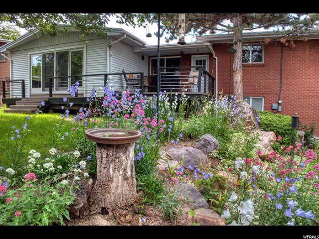 2879 E La Joya Dr, Salt Lake City, UT 84124 (#1633551) :: Colemere Realty Associates