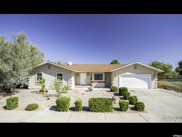 3006 Crestview Dr, Santa Clara, UT 84765 (#1633775) :: The Fields Team