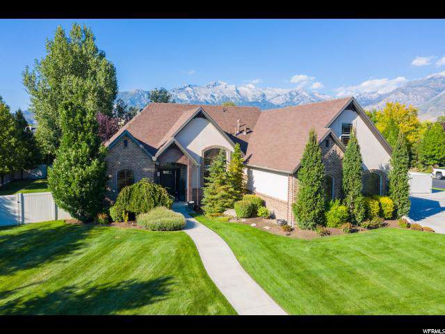 5808 W Woodshire Ln N, Highland, UT 84003 (#1634084) :: The Canovo Group