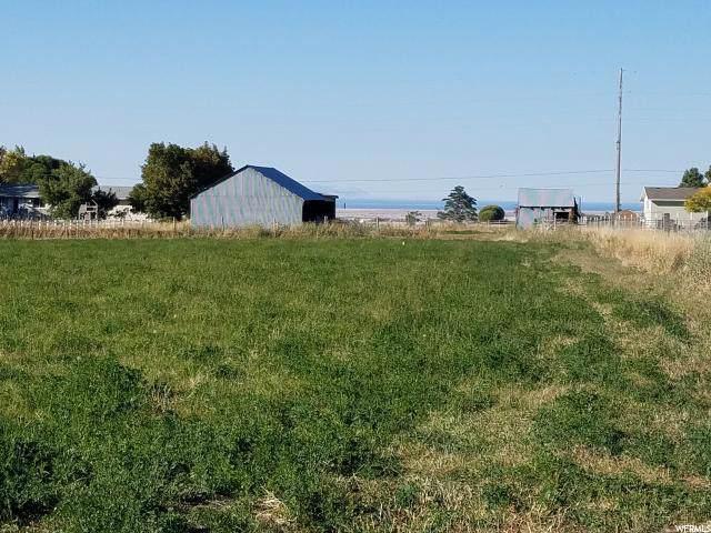 895 Utah Ave - Photo 1